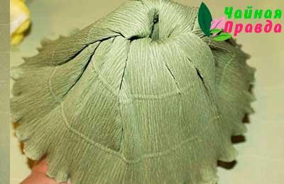 изготовление юбки из бумаги для букета из чая